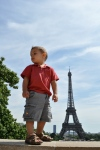 Look mom, I´m taller than the Eiffel Tower
