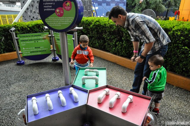 Played at the Children's Museum in Mexico City.